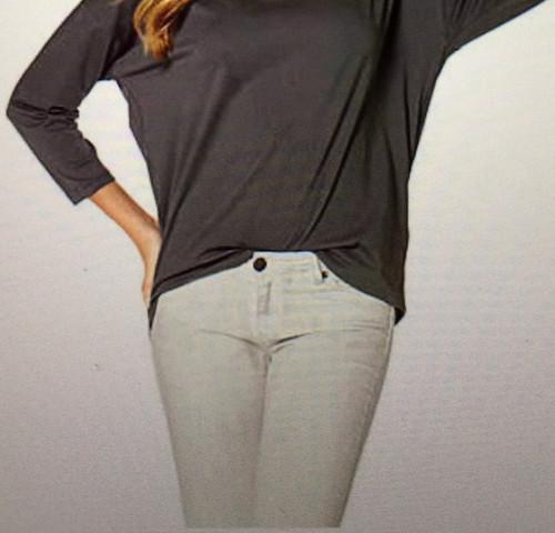 T-Shirt eingeklemmt  - (Mode, Kleidung, Trend)