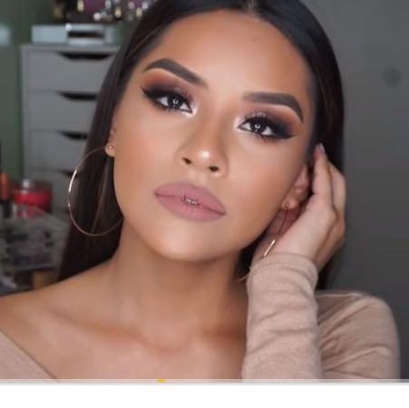 ...... - (Mädchen, Jungs, Make-Up)