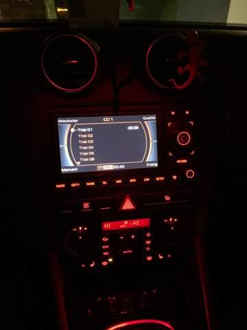 Warum wird die Musik lauter wenn ich sie leider drehen will (Audi a3 8P )?