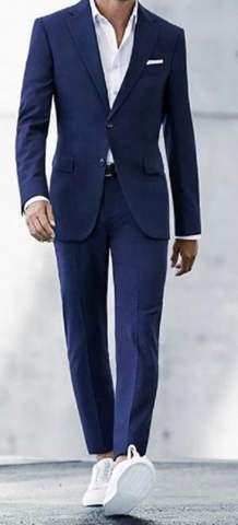 Was als Mann in der Hochzeit tragen und warum (Anzug oder traditionell arabisch)?