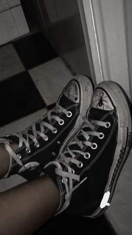 Was auf All Star Converse Chucks zeichnen / schreiben?