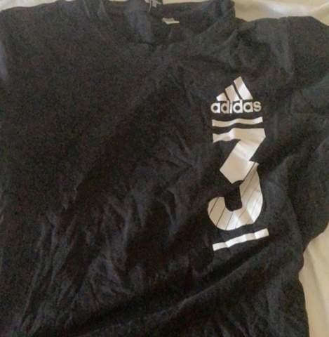 - (T-Shirt, adidas, Nummer 3)