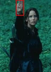 Dieses Zeichen - (Tribute von Panem, Handzeichen)