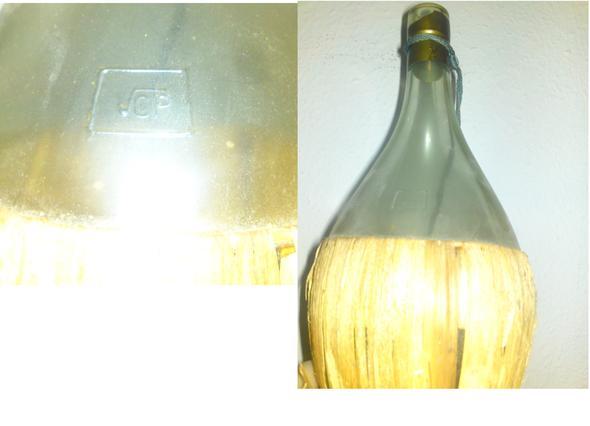 was bedeutet das symbol auf meiner alten flasche woher k nnte diese stammen freizeit. Black Bedroom Furniture Sets. Home Design Ideas