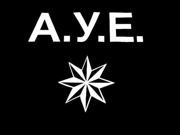 was bedeutet der stern und das wort a y e in der. Black Bedroom Furniture Sets. Home Design Ideas