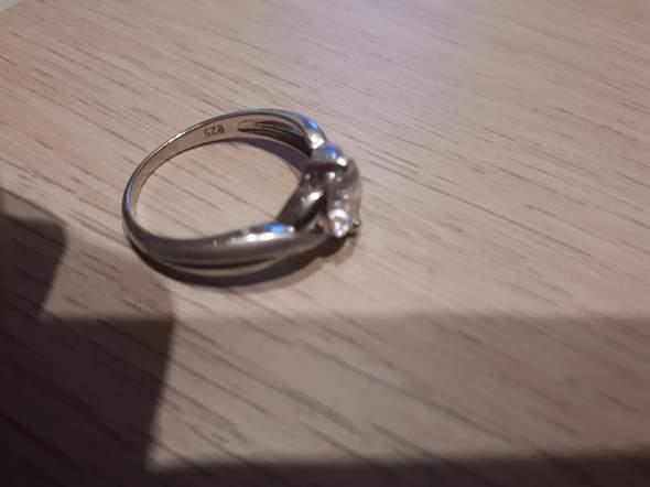 Was bedeutet die Gravur (Ring ) 925?