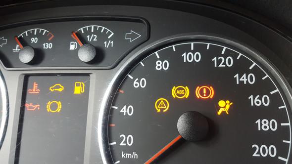 Was Bedeutet Die Kontrollleuchte Siehe Bild Auto