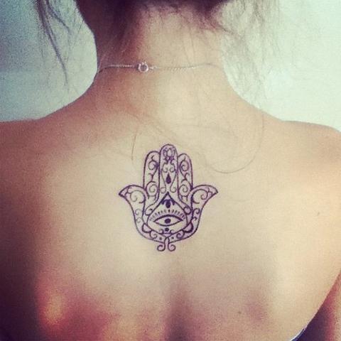 Hand mit auge tattoo bedeutung