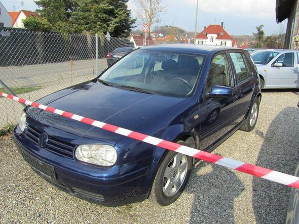 Golf 1.6 Blau - (Autokauf, VW)