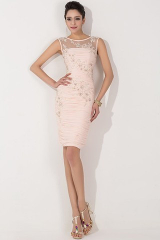 Was für ein Kleid zur Hochzeit anziehen?