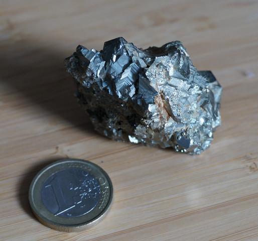 Metall - (Metall, Experten, Kristall)