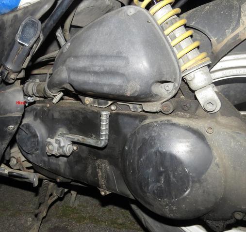 Was für ein Schlauch ist dort an meinem 50ccm-Roller kaputt?