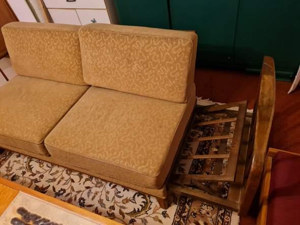 Was für ein Sofa ist das?