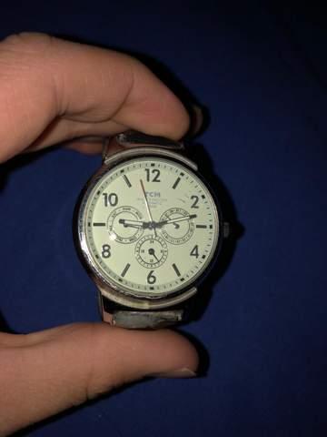 Was für eine Armbanduhr ist das?