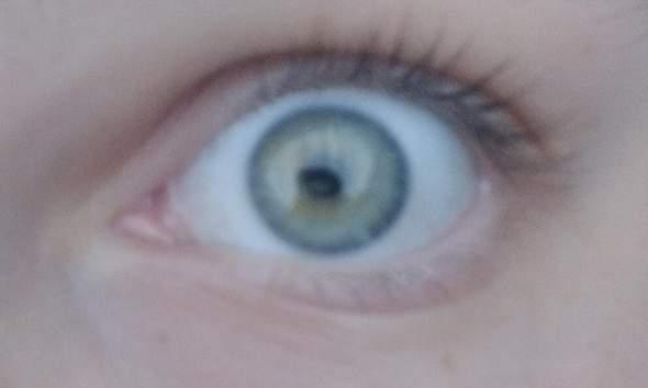 Was für eine Augenfarbe ist das hier?