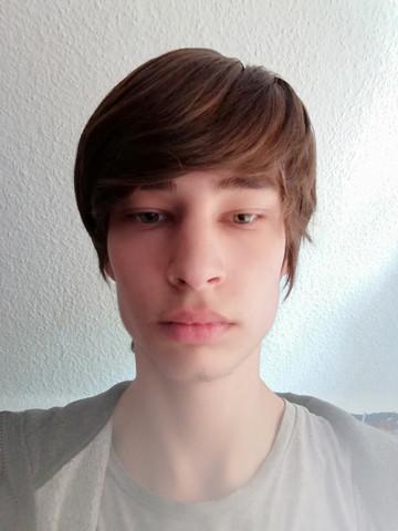 - (Haare, Frisur)