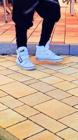 Schuhmarke - (Schuhe, Marke)