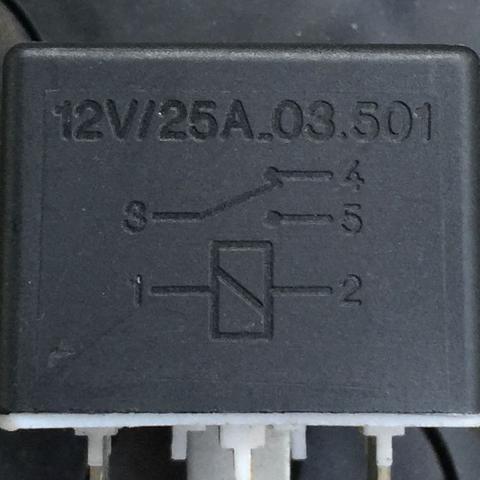 Wie heißen die Stromkreise des Relais? (Physik)
