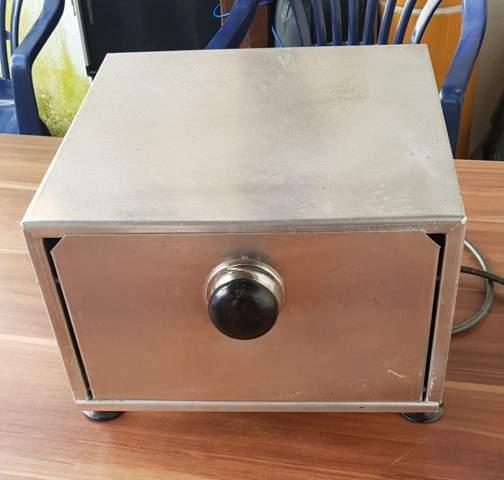 Was genau ist das, sieht aus wie ein Toaster/Ofen?