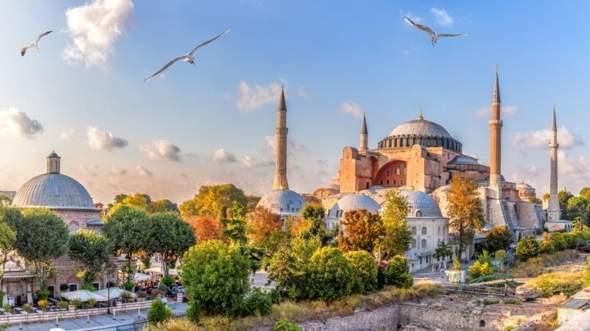Was haltet ihr von der wiedereröffnung der HAGIA SOFIA in Istanbul?