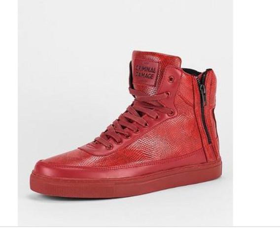 premium selection cf28d 3c809 Was haltet ihr von diesen roten Schuhen für Jungen? (Mode ...