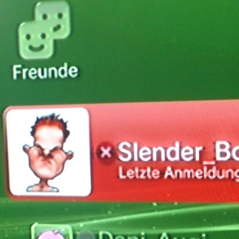 Was bedeutet dieser Roter Kasten mit dem x?  - (Freunde, Gaming, Playstation)