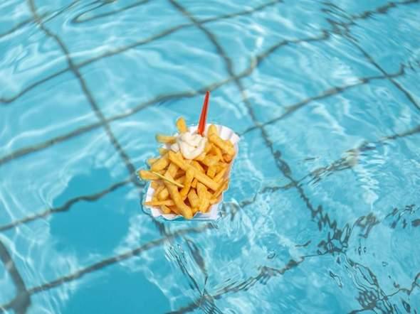 Was esst ihr zum Schwimmen, also wenn ihr zum Freibad geht?