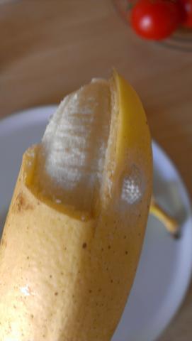 was ist das an der banane gesundheit insekten obst. Black Bedroom Furniture Sets. Home Design Ideas