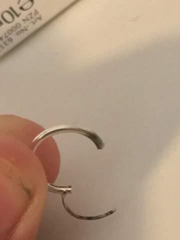 Was ist das an meinen Ohrringen?