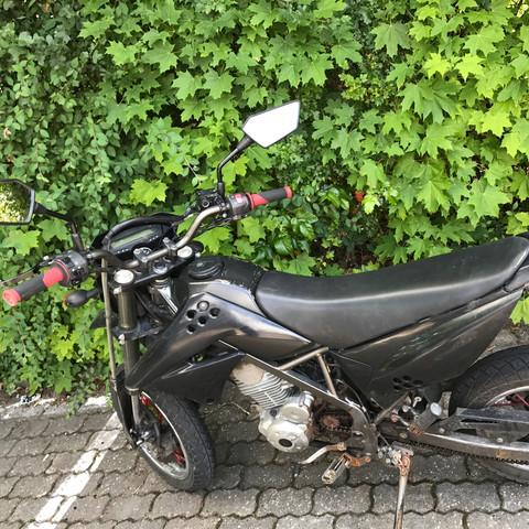Seitenansicht - (Führerschein, Moped)