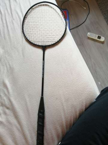Was ist das für ein Badminton - Schläger?