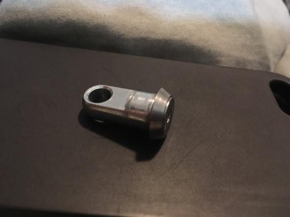 Seitenansicht - (Metall, Zerspanungsmechaniker, Bolzen)