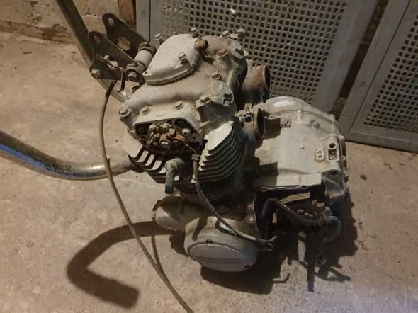 Was ist das für ein Motorad Motor?