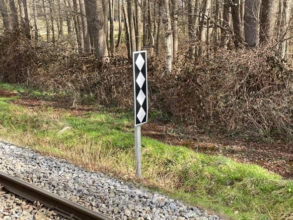 Was ist das für ein Schild (Bahnhof)?