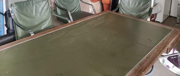 Was ist das für ein Schreibtisch?