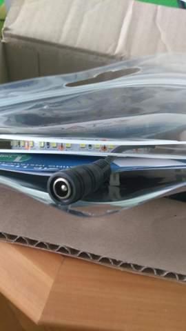 Was ist das für ein Stecker (Stromversorgung von LED Streifen)?