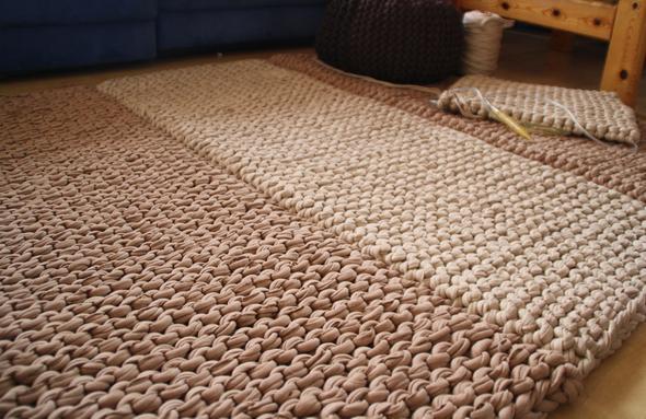 was ist das f r ein stickmuster textilwolle stricken teppich. Black Bedroom Furniture Sets. Home Design Ideas