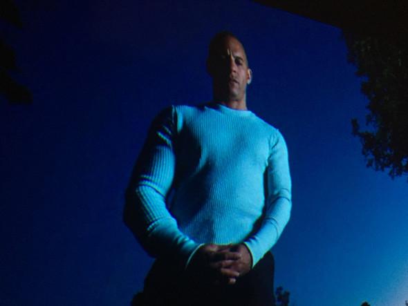 Was ist das für ein Sweatshirt (Vin Diesel F&F 4)?