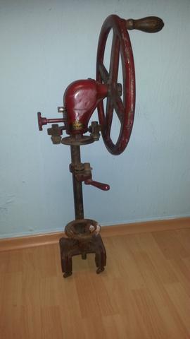 Bild 1 - (Werkstatt, DDR, Werkzeug)