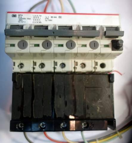 - (Strom, Elektrotechnik, Elektrik)
