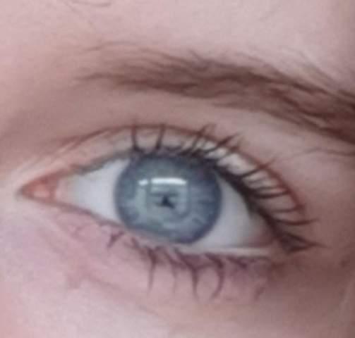 - (Augen, Meinung, Farbe)