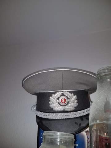 Was ist das für eine DDR Mütze?
