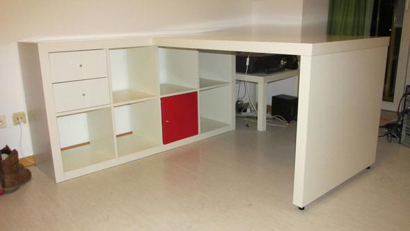 Schreibtischplatte ikea  Was ist das für eine IKEA-Tischplatte? (Möbel, Einrichtung, Tisch)