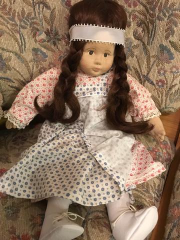 Was ist das für eine Puppe und ist sie etwas wert?