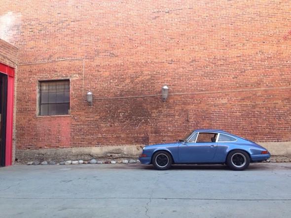 - (Auto, KFZ, Porsche)