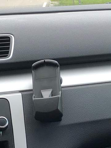 Was ist das neben dem Radio im VW Passat?