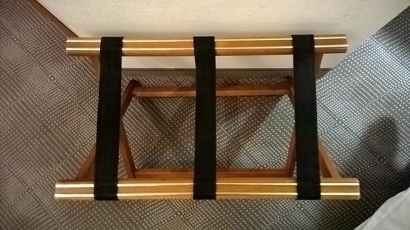 Das Möbelstück - (Hotel, Funktion, Möbel)
