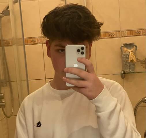 Was ist eure meinung zu diesen Haaren (an alle)?