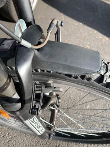 Was ist hier am Fahrrad kaputt gegangen und was kann man jetzt machen?