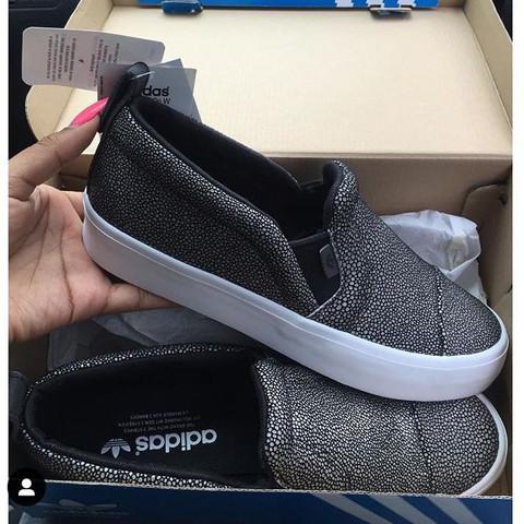 outlet store 47664 25e8e Was jemand wie diese Schuhe auf dem Bild heissen  (Internet, Mädchen, Mode)